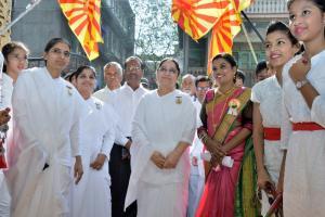 Rajyogini B. K. Shaku didiji, Sis. Seema Vakhare & B.K. Teachers